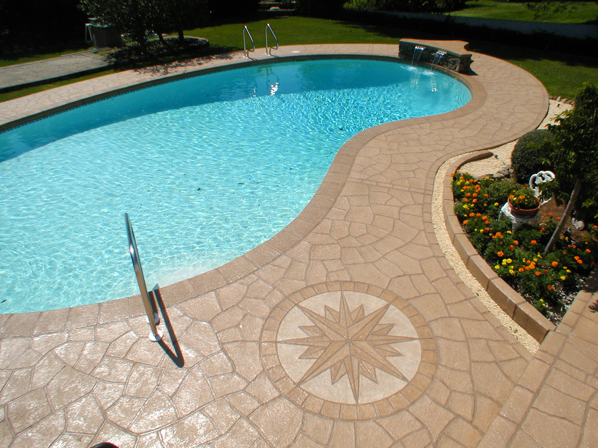 Decorative stamped concrete nh ma me contractor for Ciment colle pour carrelage piscine